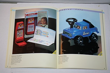 Toy Catalog - 1984 Playskool - Bigfoot