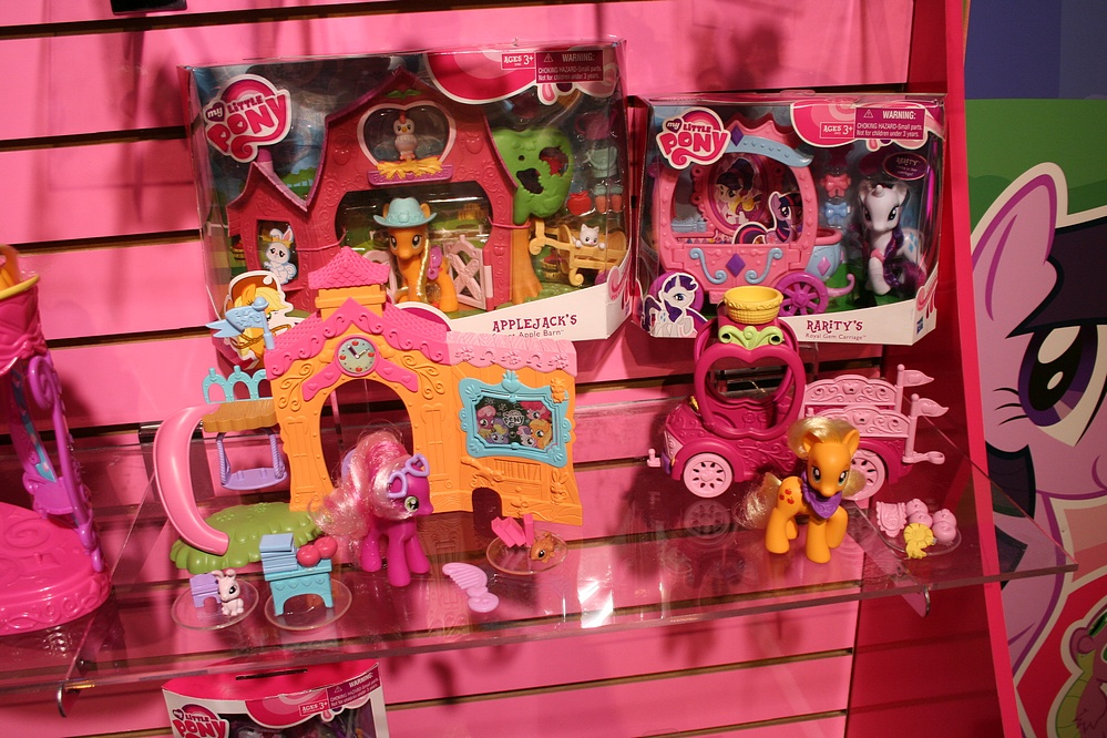 toy fair 2011 coverage  hasbro my little pony  parry