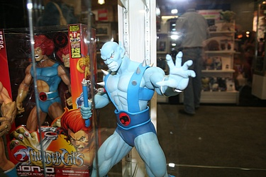 Toy Fair 2012 - Mezco Toyz