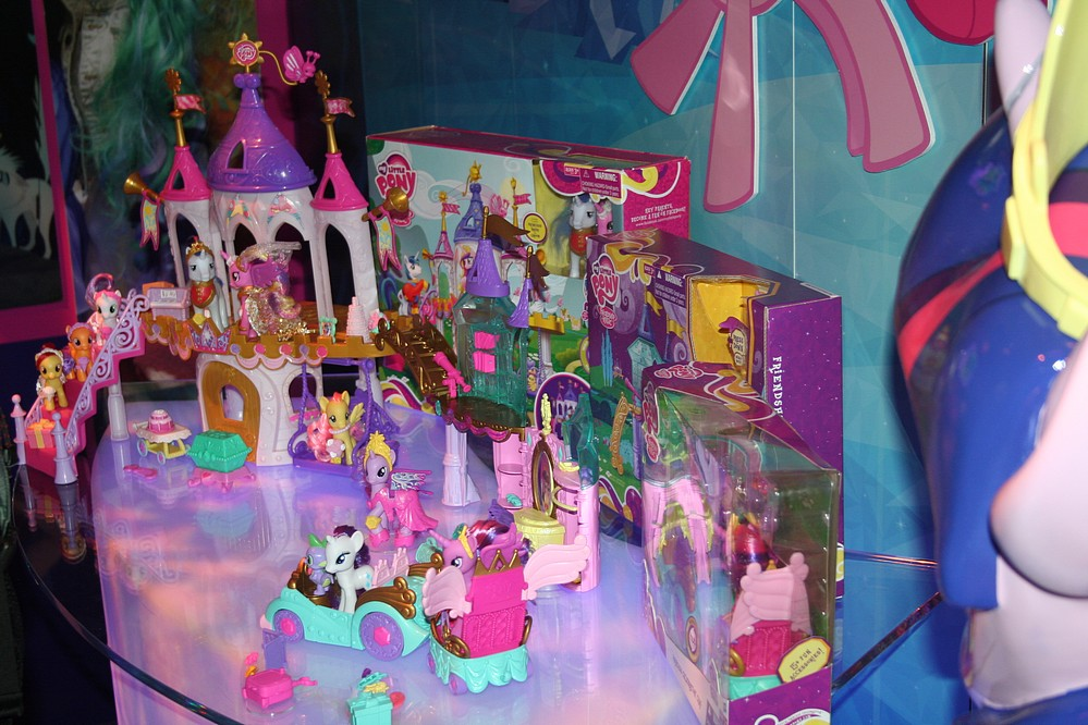 toy fair 2013 coverage  hasbro my little pony  parry