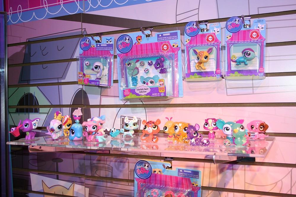 Toys R Us Bathroom Art Flickr Photo Sharing