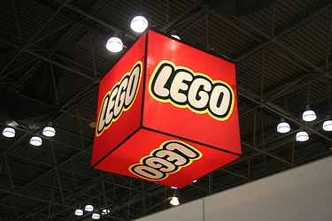 Toy Fair 2013 - Lego Galleries Completey