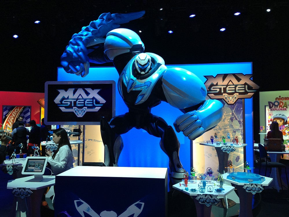 Max Steel Wel E To Toy Fair 2013 Max Steel Product Video Product