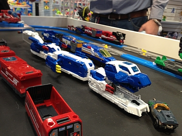 Toy Fair 2013 - Tomy Tomica Hypercity