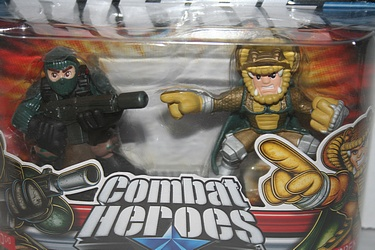 G.I. Joe Modern Era - Beachhead vs. Serpentor Combar Heroes