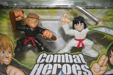 G.I. Joe: Rise of Cobra - Young Snake Eyes vs. Young Storm Shadow Combat Heroes
