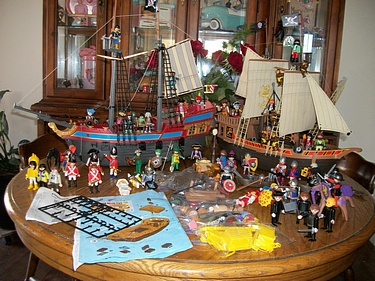 eBay Watch - Playmobil Pirate Ships 3053 and 3940