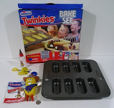 eBay Watch - Twinkies Bake Set