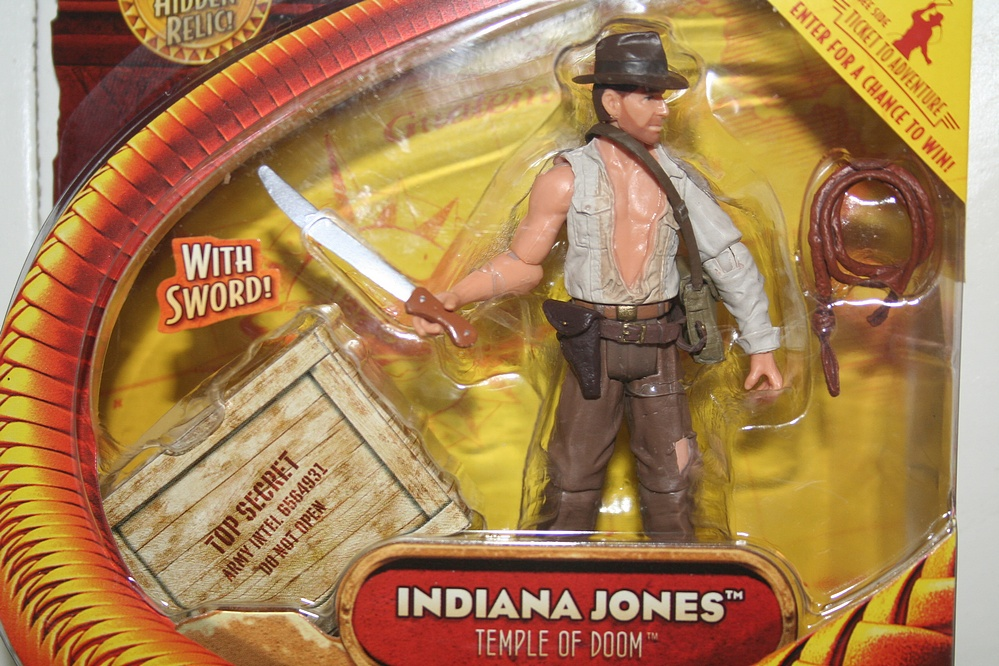 Hasbro Indiana Jones Toys Indiana Jones With Sword Basic