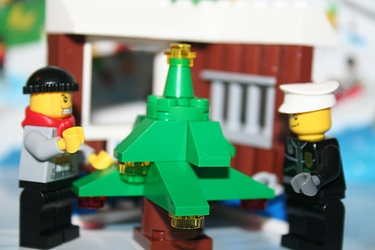 Lego City Advent Calendar 2011 - Day 6
