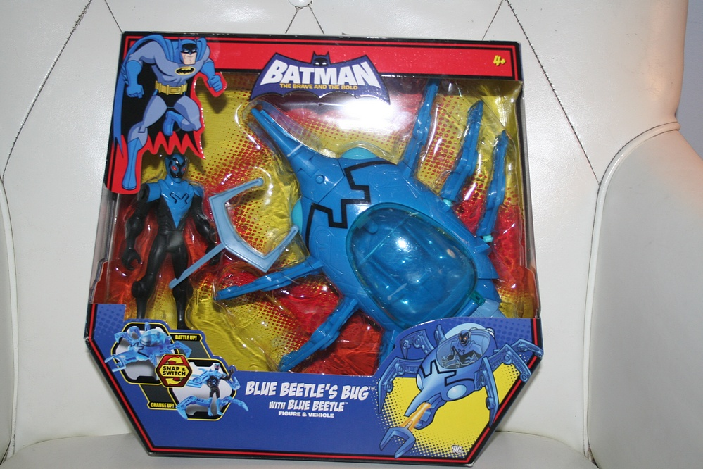 Mattel Batman The Brave And The Bold Blue Beetle S Bug With Blue Beetle Parry Game Preserve