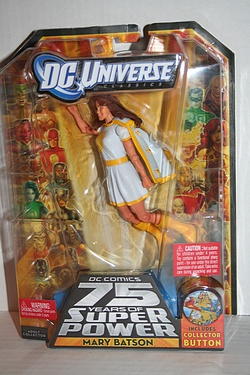 DC Universe Classics - Mary Batson - White Costume Variant (Modern)