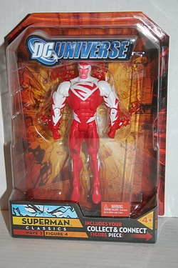 DC Universe Classics - Superman (Red)