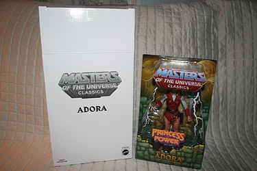 Masters of the Universe Classics: Adora - Leader in the Great Rebellion