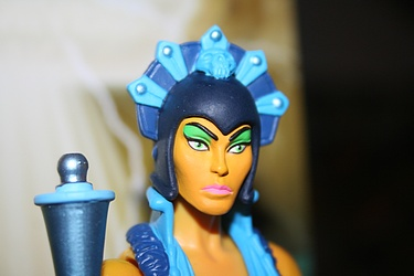 Masters of the Universe Classics: Evil-Lyn - Evil Warrior Goddess