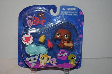 Littlest Pet Shop - #992- Daschund Puppy with Mustard and Ketchup Bottle