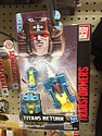 Transformers Generations - Titans Return - Nightbeat
