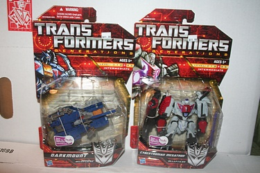 Transformers; Generations - Wave 2 Darkmount and Megatron