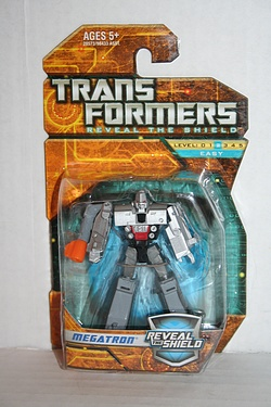 Transformers - Reveal the Shield - Legends Megatron