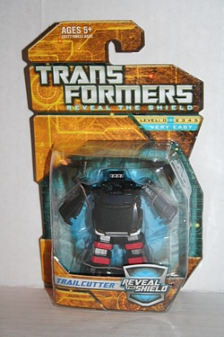 Transformers - Reveal the Shield - Legends Trailcutter