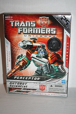 Toys R Us exclusive Perceptor - Commemorative Edition.